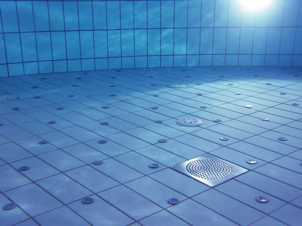 pool filter uses